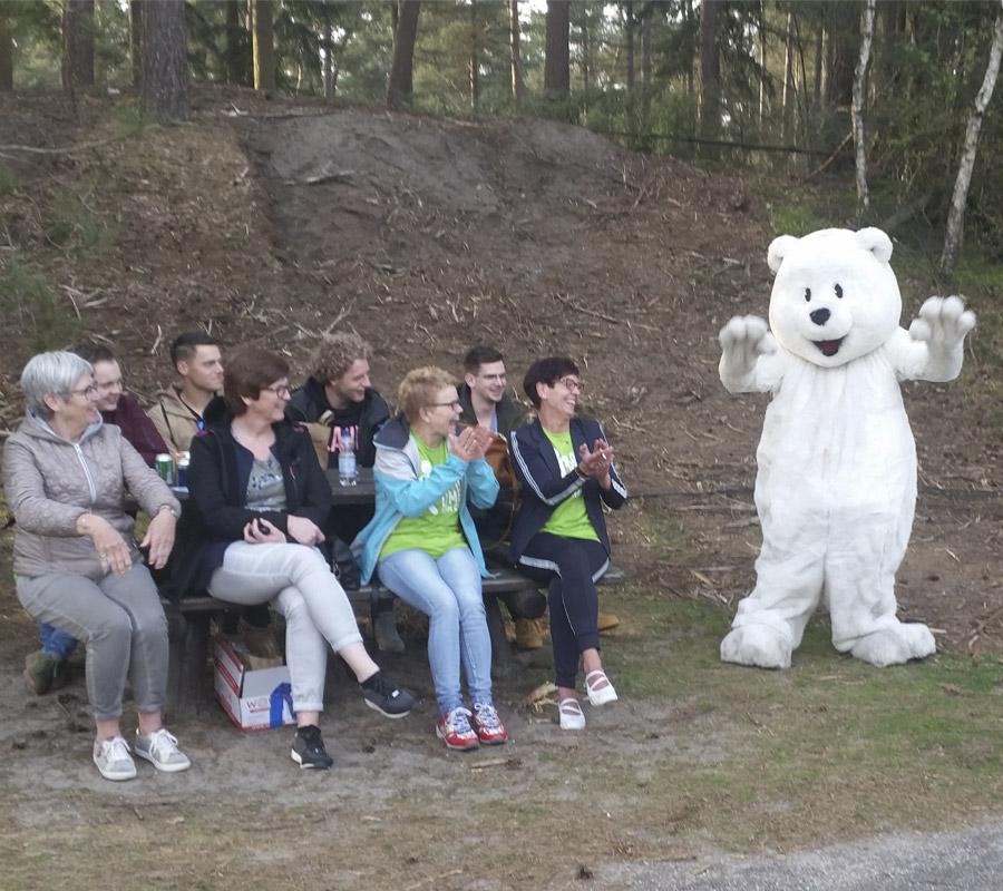 IJsbeer mascotte sport evenement