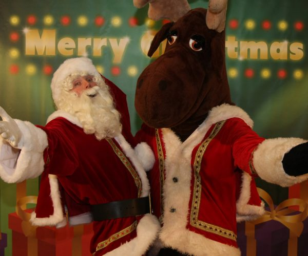 rendier met kerstman op bezoek, kerstmarkt, kerstmis